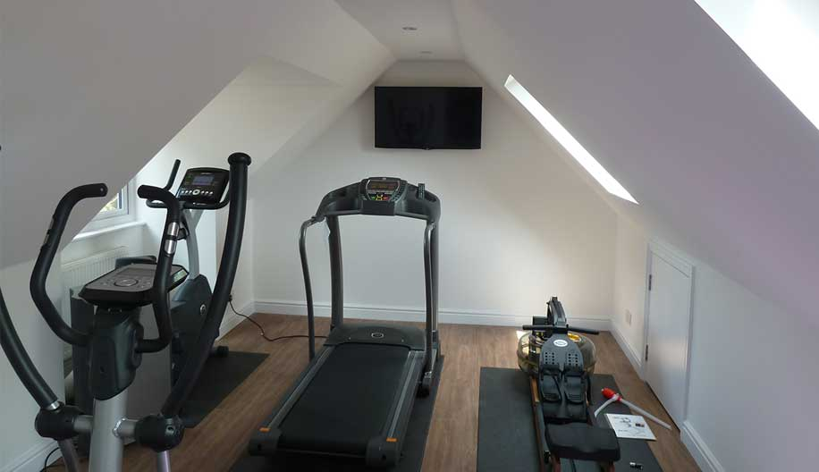 Kitchen extension & new gym at Victorian house in Sevenoaks